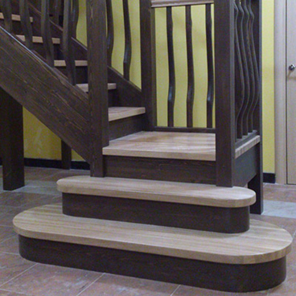 Деревянная лестница из березы