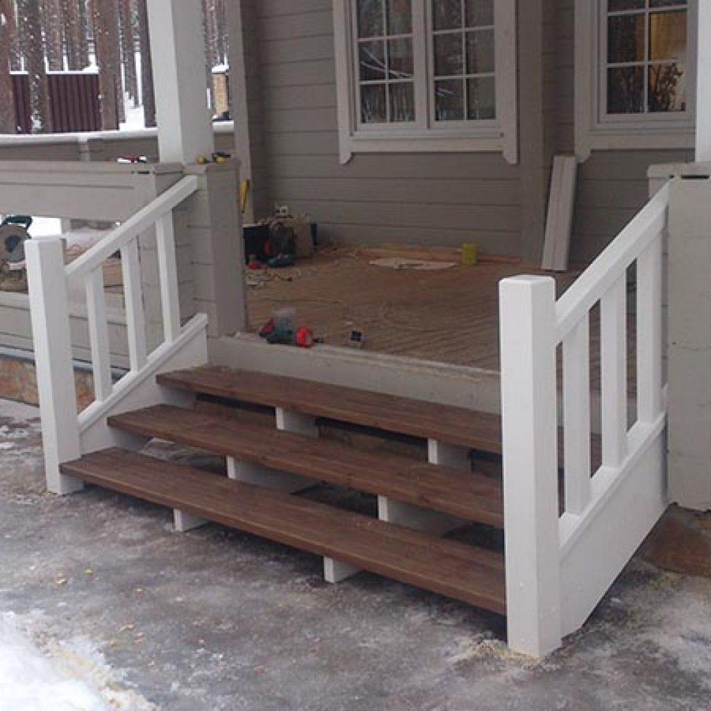 Уличные деревянные лестницы